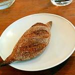 エスパイ クック コウベ - 自家製パン
