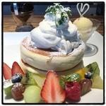 椿サロン - 女子の好きな物が全部詰まってます…(❁´◡`❁)♡ プリンスのパンケーキ1620円。