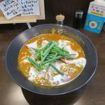 48552088 - 赤いかれー麺(激辛)