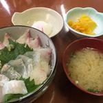 寿し割烹 若潮 - 料理写真:角力灘丼セット=1000円 すもうなだ丼と言います
