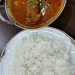 Handi レストラン - フィッシュカレー、バスマティライス