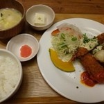 48554867 - ◆蟹クリームコロッケ&海老フライ、Bセット=1300円