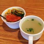 muna - カップサラダ、スープ。