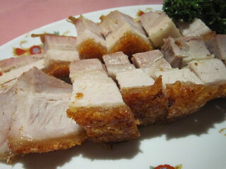 菜香新館 - 皮つき豚バラ肉の塩あぶり焼き 1,500円