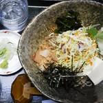 福々庵 - 料理写真:ごまだれそば(900円)