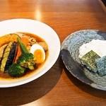 らっきょ - 知床鶏野菜スープカレー