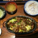 清香園 - 焼肉定食