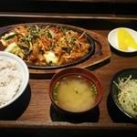 清香園 - ぶうふう焼定食