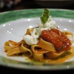 48566171 - スパゲティ 兵庫の牡蠣、ブロッコリー、パンチェッタのクリームソース