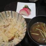 馳走 かく田 - <2016年3月>お食事:ハタと新筍の土鍋ご飯、赤出汁、香の物