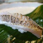 江戸銀 - 太刀魚 これは美味しかったし美しかった。