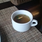 ヘミングウェイ - コンソメ風スープ