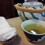 宮鍵 - 急須のお茶がいただけます