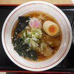 らーめんランド - 料理写真:中華ラーメン - 620円 -