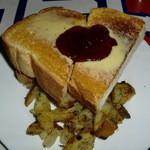 48588668 - 厚切りつぶつぶ生ジャムバタートースト・ベイクドオニオンポテトです♪