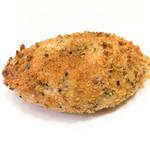 パン工房 風舎 - くろごまのカレーパン