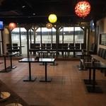 Rooftop Grill&Bar KAIMANA - 立食スタイルもOK