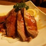 肉バル×チーズバル カーネヴォー - 自家製ローストビーフ