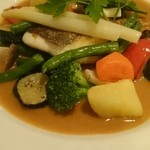 スペイン食堂 ヨシムタ - 真鯛のグリル、ウニソース