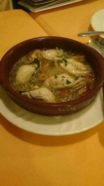 ヨシムタ - 牡蛎のアヒージョ