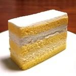 48607244 - たまごのショートケーキ