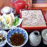 4861951 - 天ぷら蕎麦(\950)+おやき(\150)