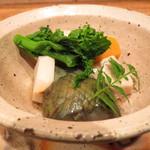 利き酒家 - 生麩と野菜の焚き合わせ