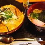 食事処 波美音 - かつ丼ミニうどん(730円)