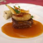 48615101 - 肉料理                       「国産牛フィレ肉ステーキ  フォアグラ添え                             マデラソース」