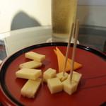 デギュスタ - 国産ナチュラルチーズ盛り合わせ