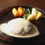 ハンバーグ&ステーキ食堂 KURAUZO - チーズソースハンバーグ