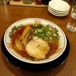 48618387 - 紅醤油ラーメン 細麺