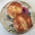 ドンク - 売れ筋No.1コーンパン、1個70円です。