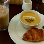 ルジャンドル - 料理写真:モーニング・スープセットです♪
