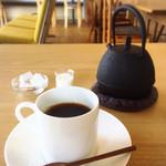48627861 - 鉄瓶入りコーヒー680円