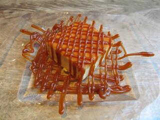 スズカフェ銀座 - 焦がしキャラメル濃厚チーズケーキ 550円+TAX