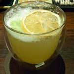 Bar Agit - エヴァン・ウィリアムス ハニーとレモンのカクテル ¥?(うろ覚え)