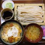 48646093 - ざるうどん カツ丼(半分)¥1445
