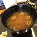 奴寿司 - 赤出汁