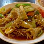 中華成喜 - 牛もつのピリ辛うま煮
