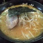 48659523 - 2016/03/16 朝10時前 麺固め,味少し濃いめ