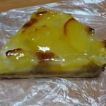 レスウィ - 料理写真:リンゴのタルト220円(税込)