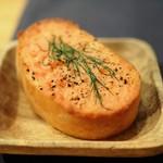 ポトフ料理ジョワ - 自家製マヨネーズのパン