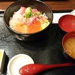 和食屋 - 海鮮丼