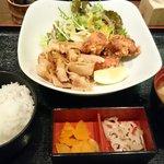 和食屋 - 欲張り定食