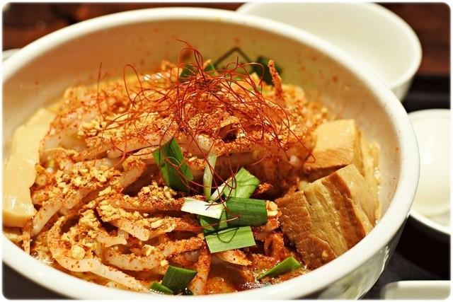Miso Noodle Spot 角栄 - 激辛味噌+あじ玉 850円+100円 イイ感じの辛さとシビレが味噌とマッチング♪