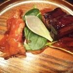 Shunsaikemmizuno - 黒酢酢豚と赤酢酢豚 グラパラリーフ添え