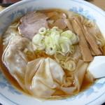 48691595 - ワンタン麺