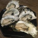 原始焼き酒場ルンゴカーニバル - 焼き牡蠣