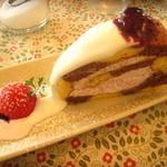 5feet cafe - ロールケーキ